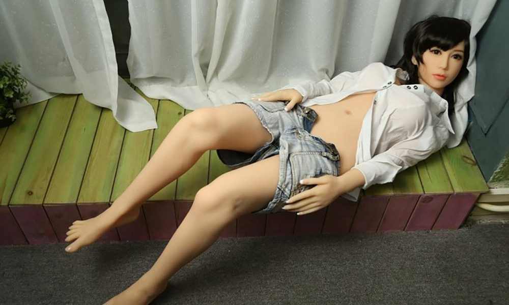 sexpuppe big tits