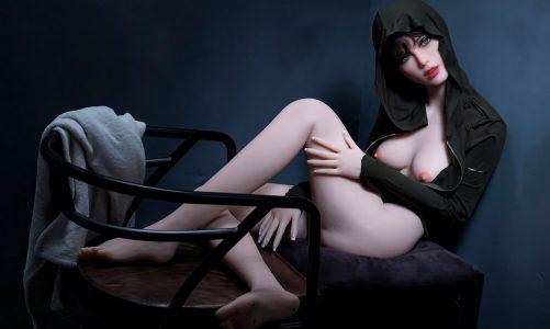 Welche sind die besten Sexpuppen? TPE oder Silikongeschlechtspuppe